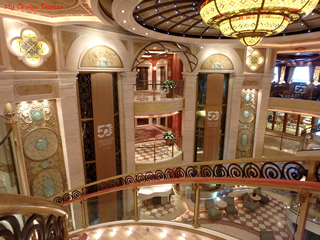 Ruby Princess Piazza