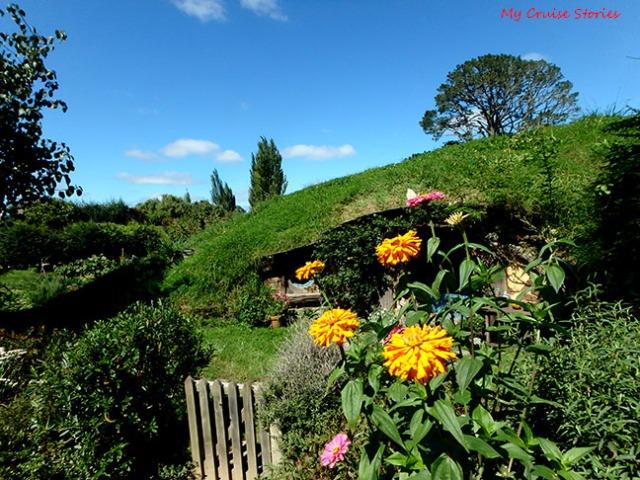 hobbit house with garden