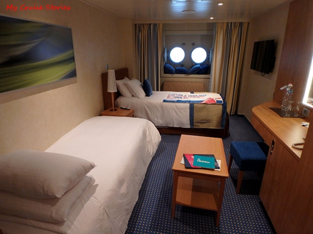 cheap cruise ship cabin