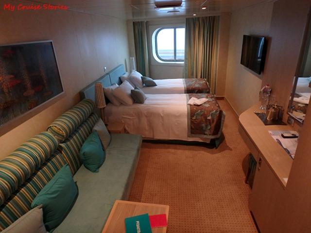 oceanview spa cabin