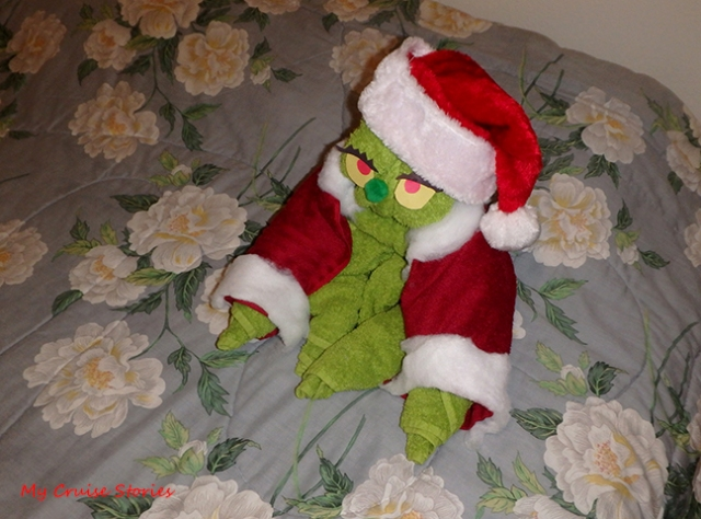 towel Grinchy Claus