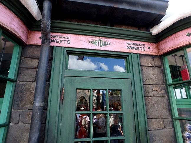 Honeydukes sweet shop