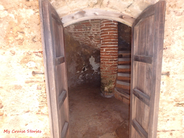 hidden stairway at El Morro