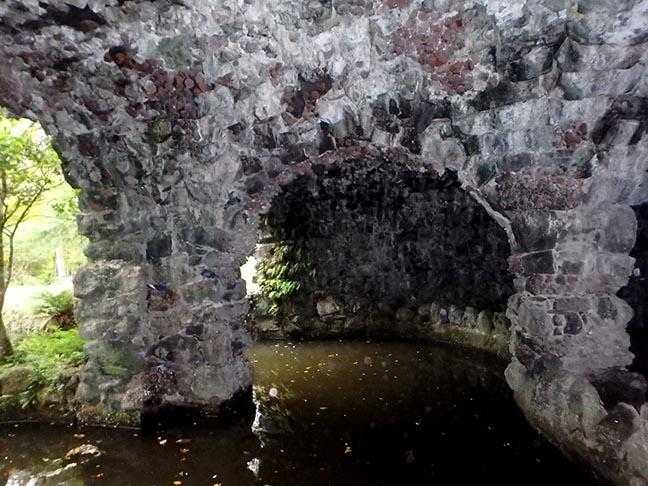garden grotto