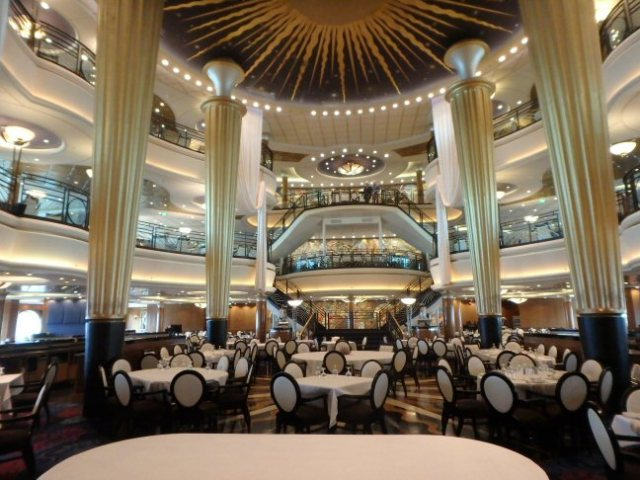 cruise ship dining room