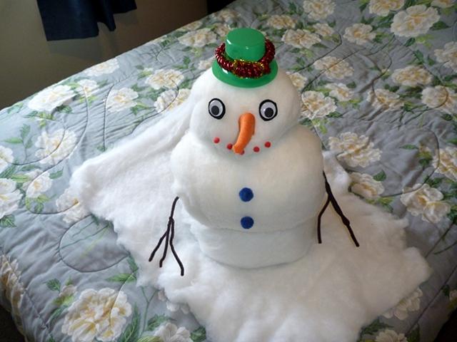 towel snowman