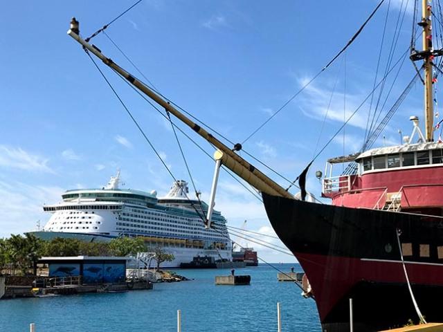 Honolulu cruise ship port