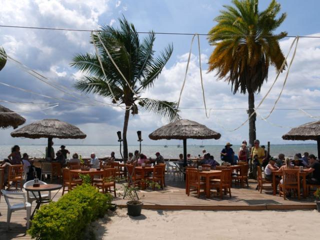 Smuggler's Cove hotel