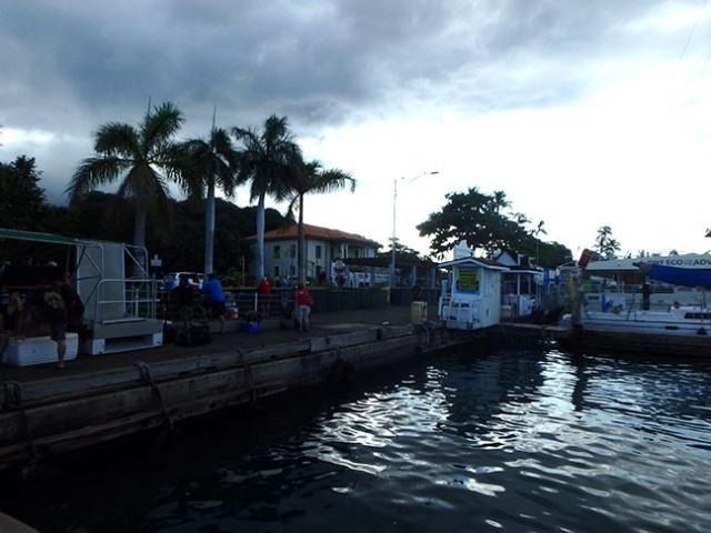 Maui cruise ship port