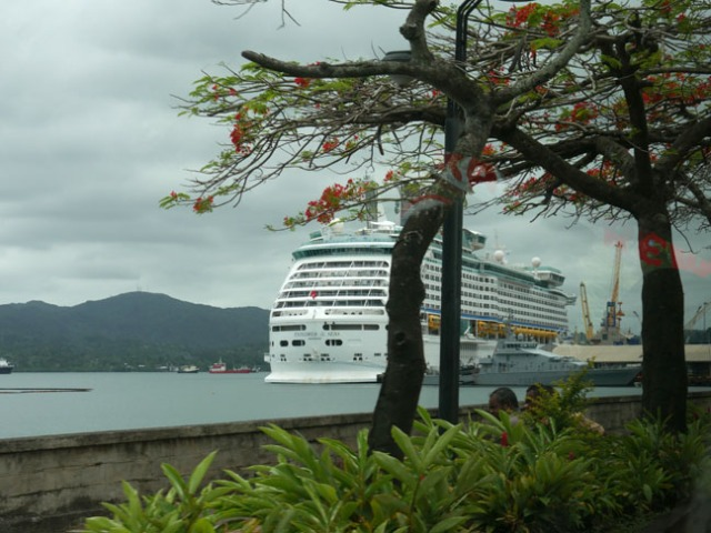 cruise ship in Fiji