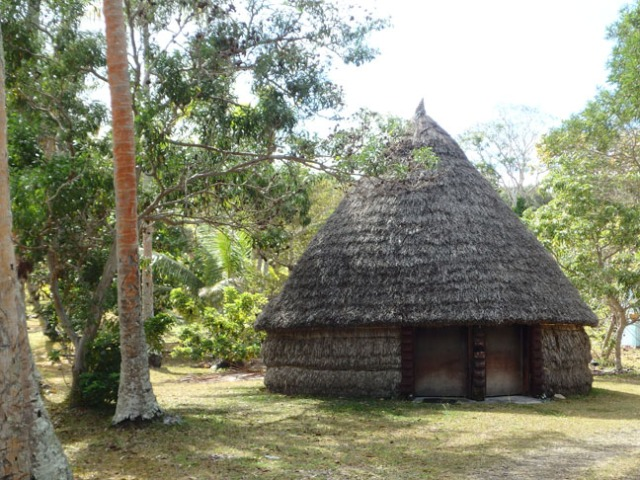 native hut on Maré