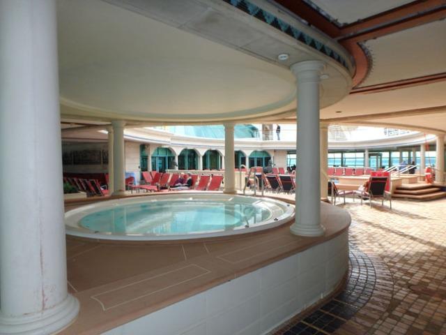 cruise ship hot tub