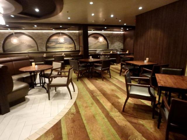cruise ship premium restaurant