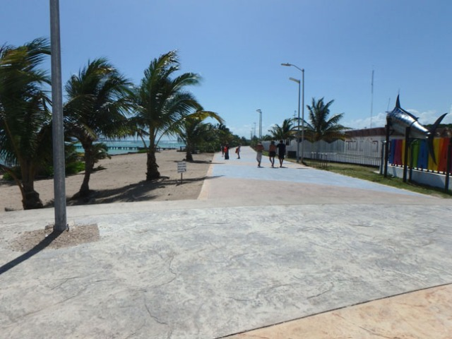 walkway between Mahahual and lighthouse