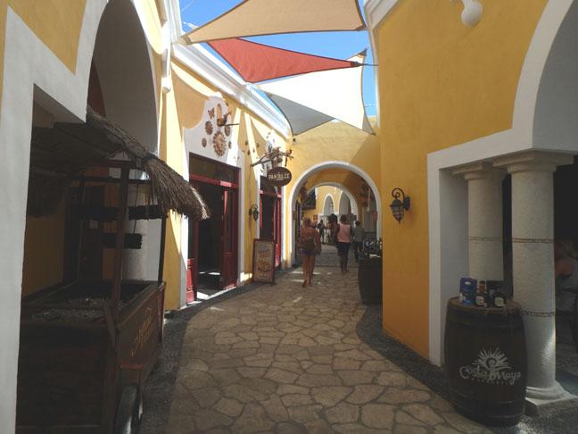 costa maya walkway