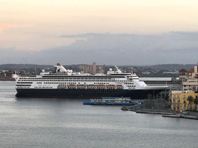 cruise ship in Cuba