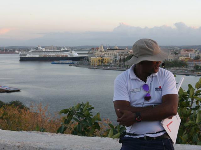 Cuban tour guide