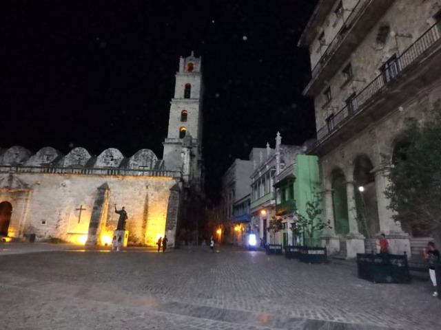 Cuban plaza