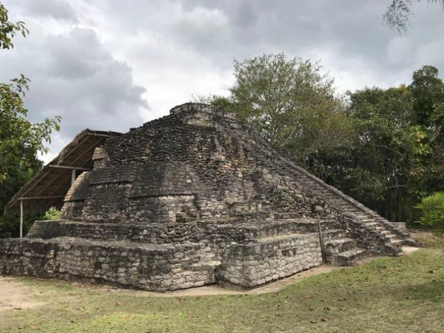 roofed pyramid