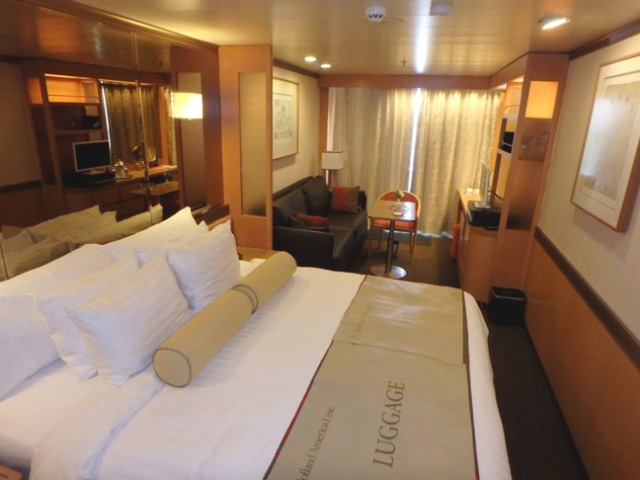 Holland America Veendam Vista Suite