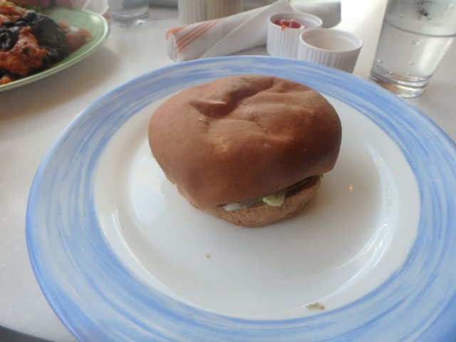 cruise ship burger