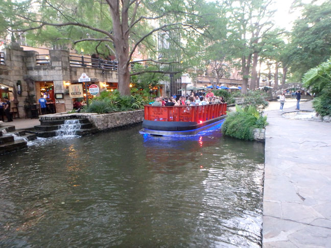 River Walk cruise