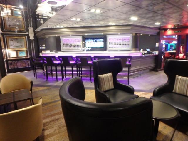 bar on the Westerdam
