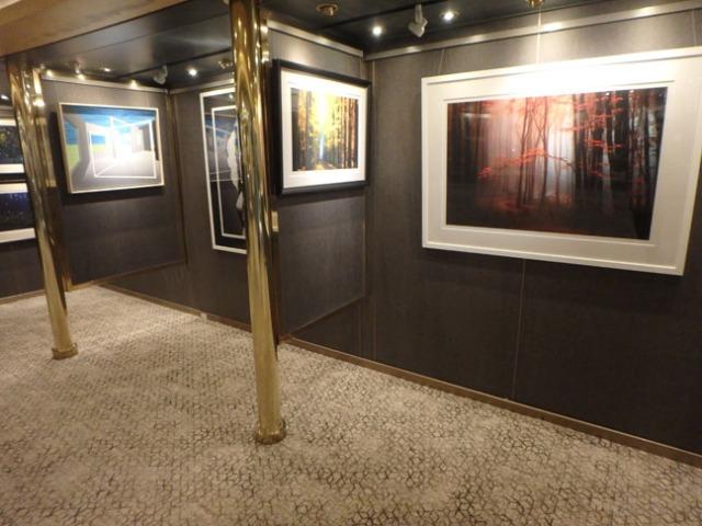 cruise ships sell art