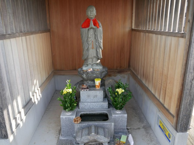 statue at Japanese shrine