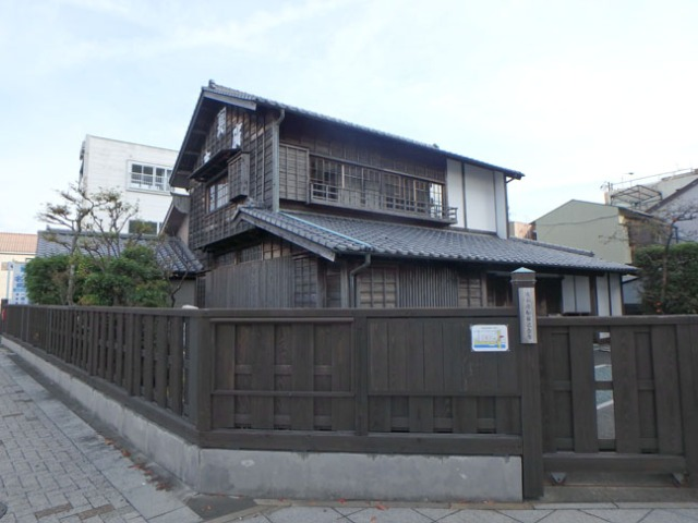 old Japanese building
