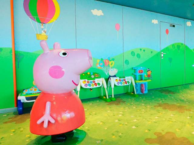 Peppa Pig on Costa cruise ship